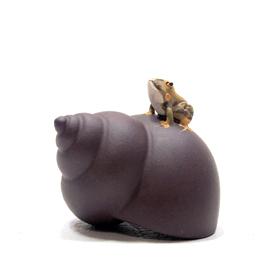 紫砂茶玩 タニシと蛙