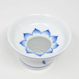 青花 茶こし(蓮)